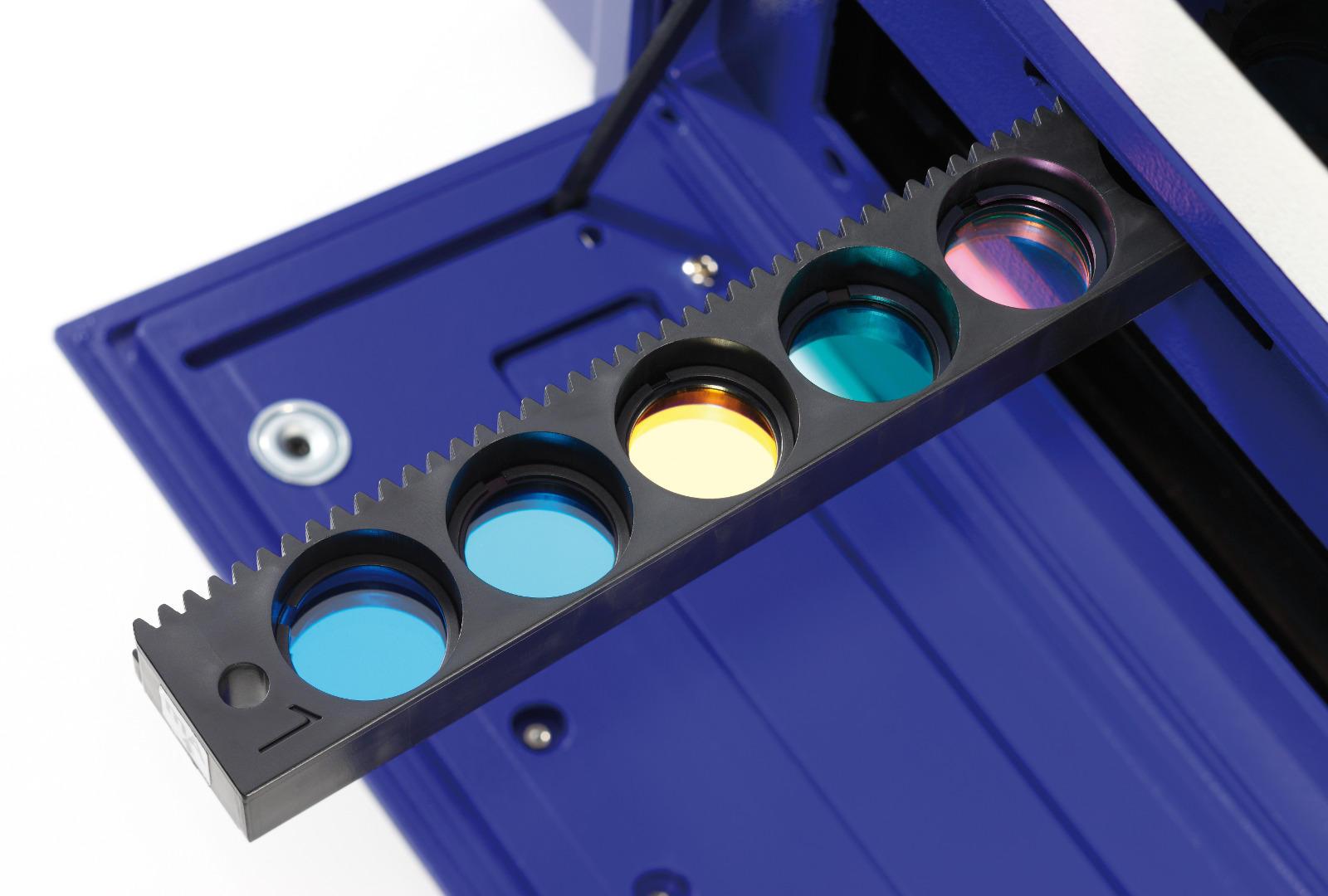 Multimode-Microplate-Reader-Tristar2-Emissionsfilterschieber-1600x1080 (2)